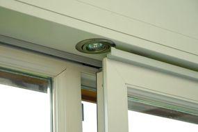 A.D.C. Schrijnwerkerij - Hoeilaart -Ramen en deuren